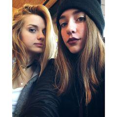 friends blonde selfie